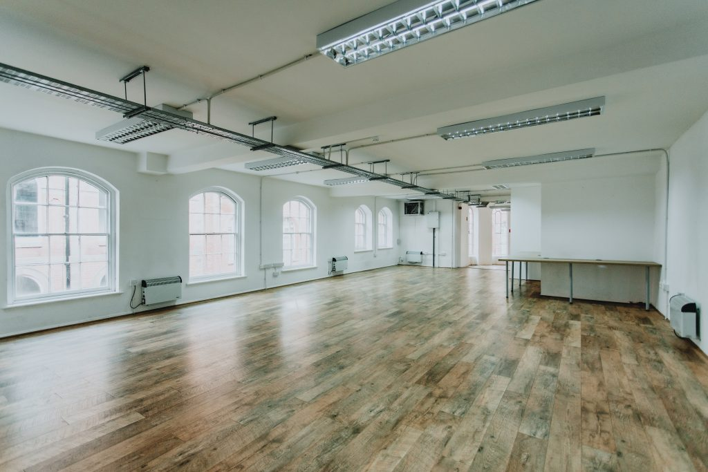 Flooded with light Nottingham large studio space to let
